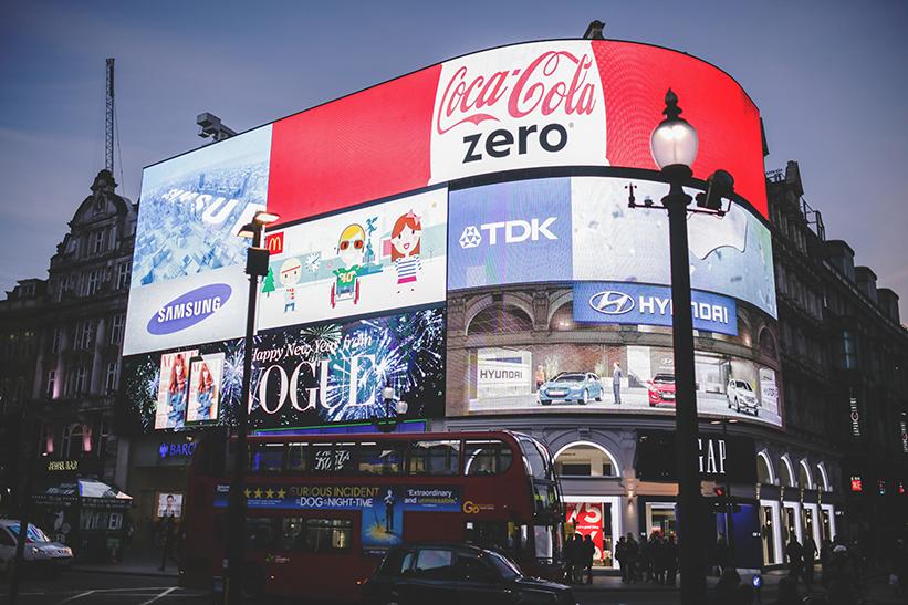 London Picadilly Circus Werbung