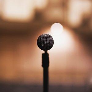 Bild von mikrofon zum Thema wirkungsvoll reden